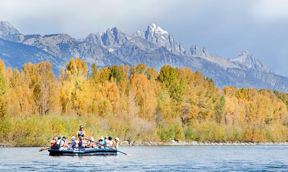 Summer vacation activities in Jackson Hole, boating