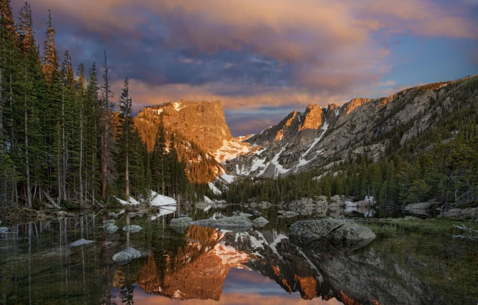 Rocky Mountain national park – scenic mountain, river and pine trees
