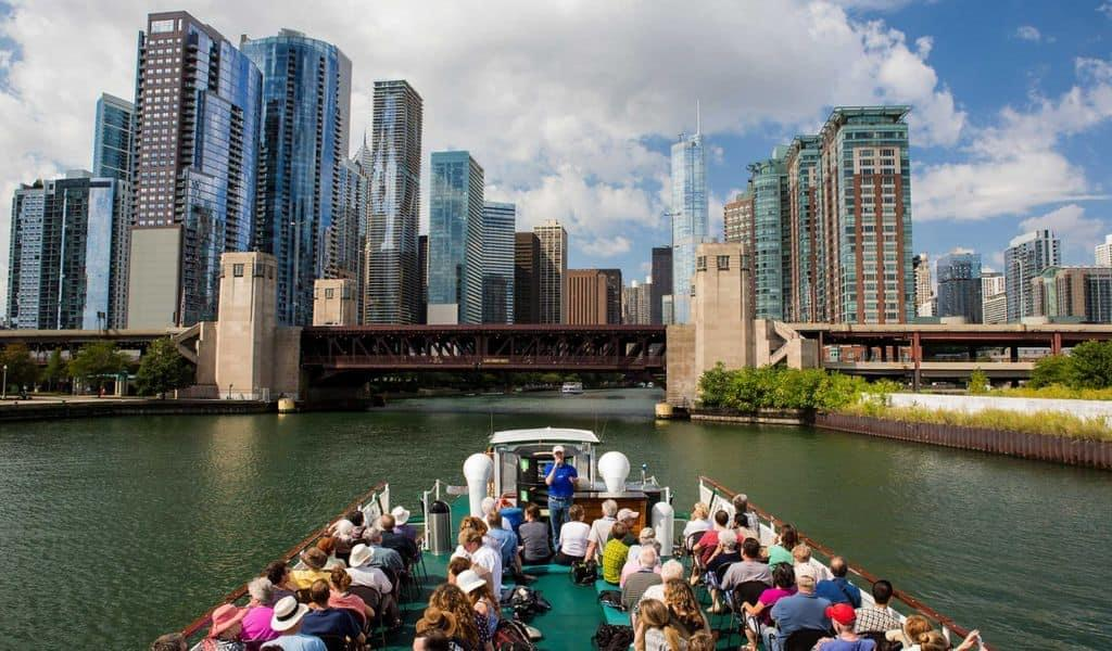 Tourists going on a boat tour in Chicago